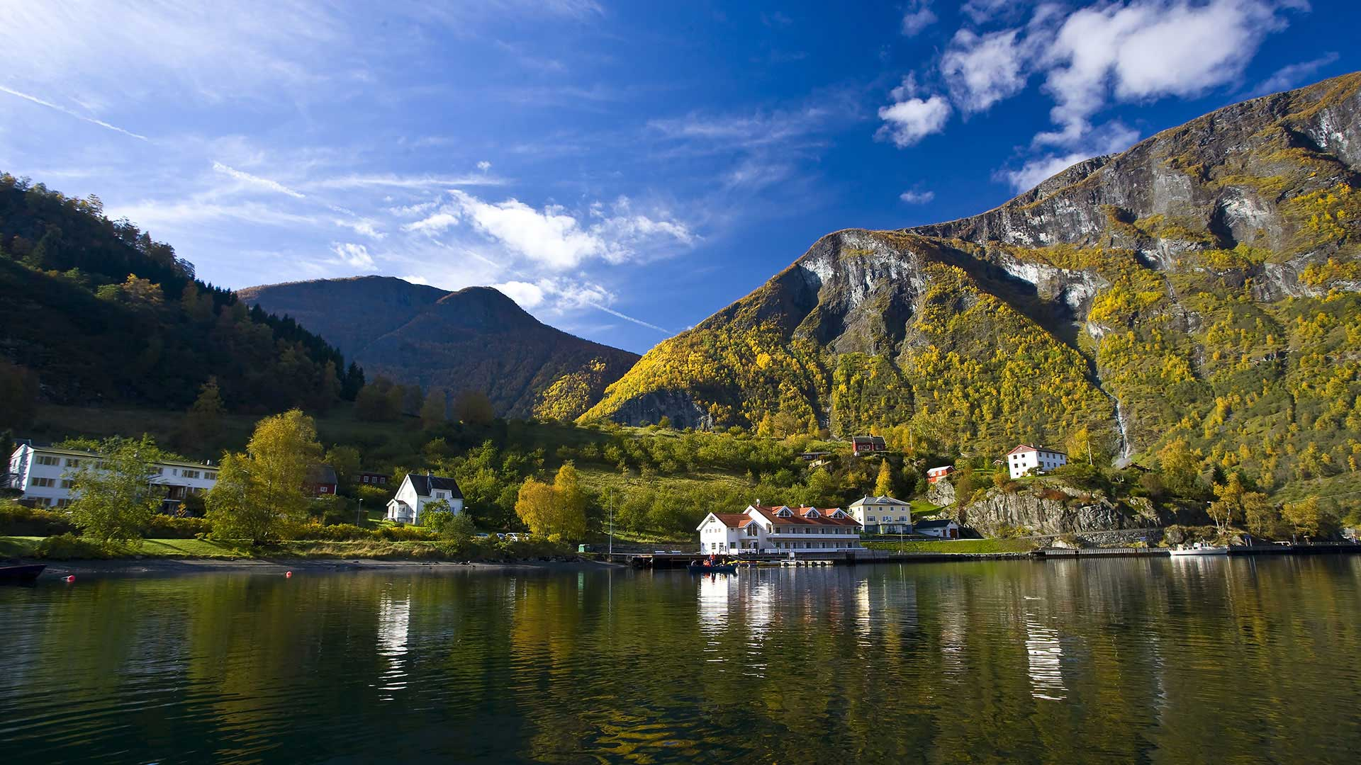 Golden Route Of The Nordic Countries 10 Days 9 Nights
